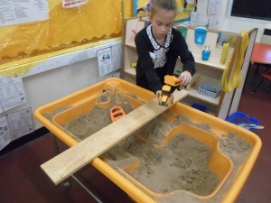 Setting up the sand