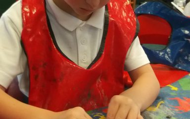 Year 2 make clay pots