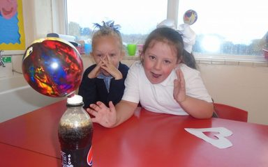 A Super Start to Science Week in Y1EB